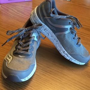 New young boys shoes by Saucony.  Size  13.5